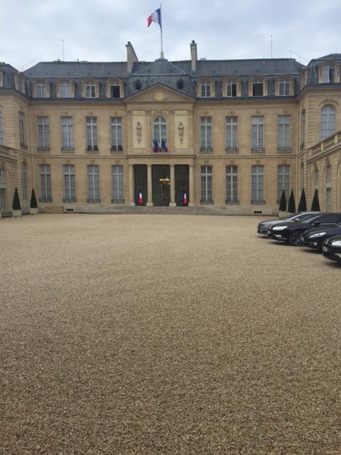 Yannick Borde et Philippe Petiot ont été reçu à l'Élysée par Nicolas MACHTOU PROCIVIS UES-AP logement habitat 2